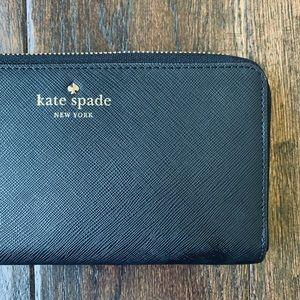 KATE SPADE Wristlet Wallet ♠️